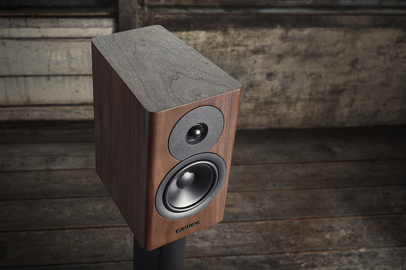 Dynaudio-Evoke-10-walnut-wood---Lifestyle-close-up.jpg